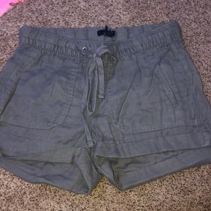 size XS short from gap. Super cute